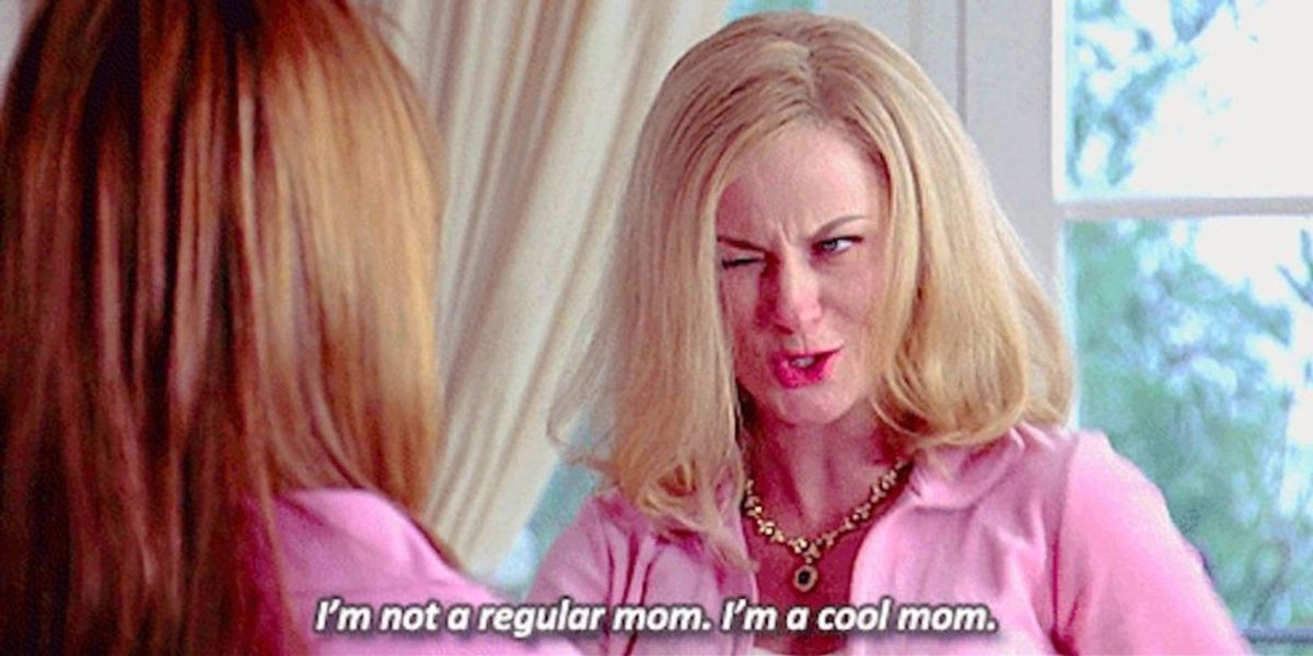 14 Things That Happen When You Are All the Mom of Your Friend Group