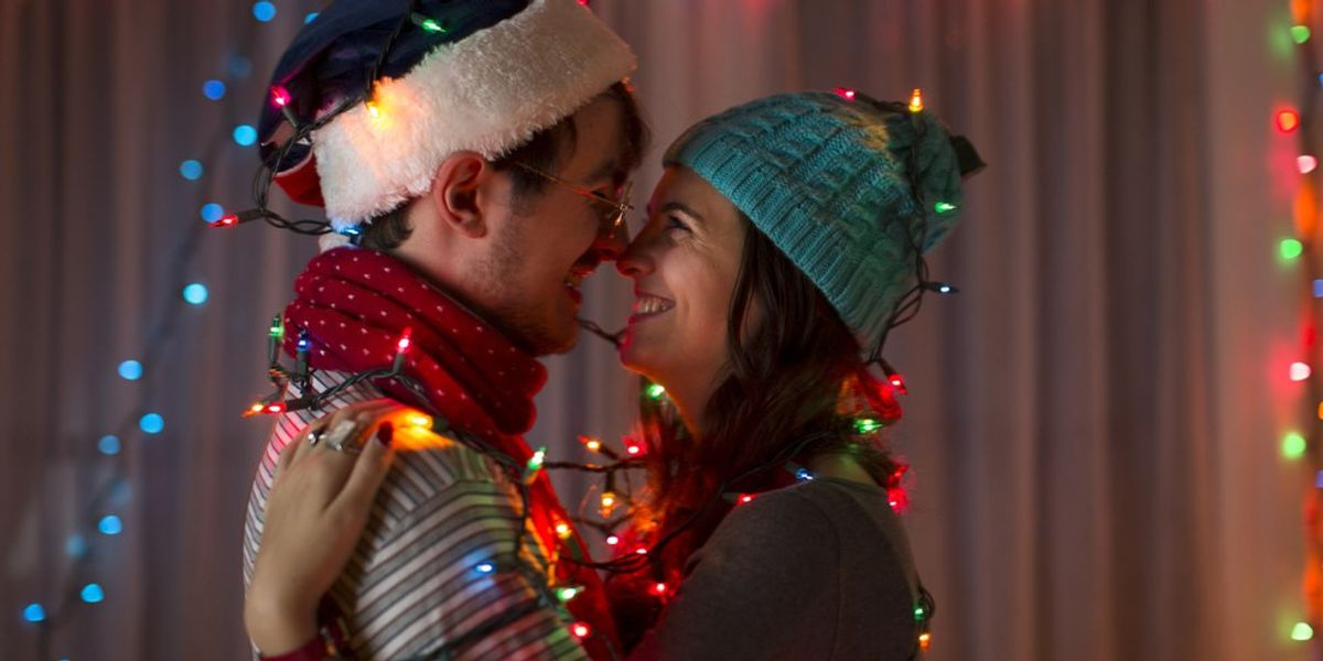 7 Fun Date Ideas For This Holiday Season