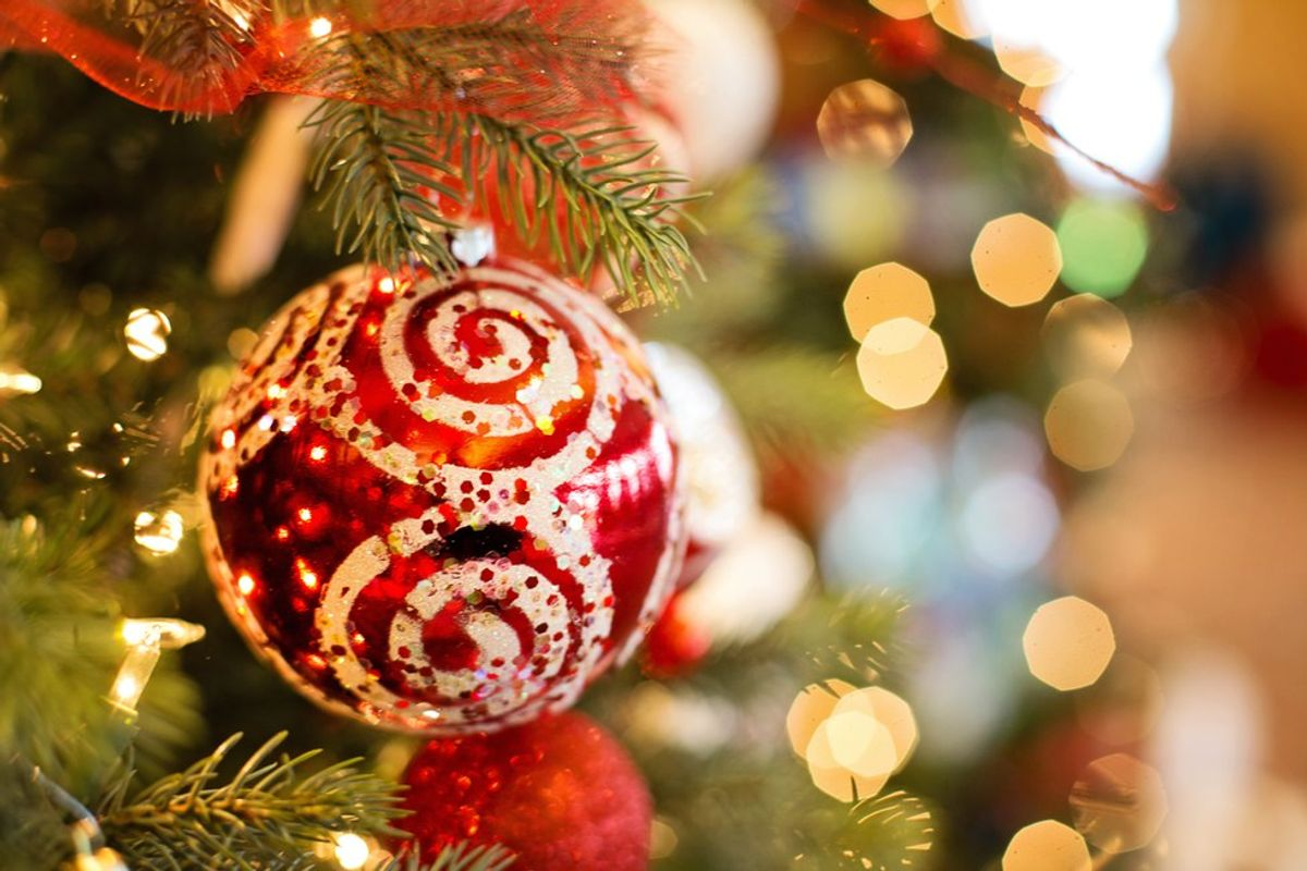 Seven Small Things You Can Do To Get in the Holiday Spirit