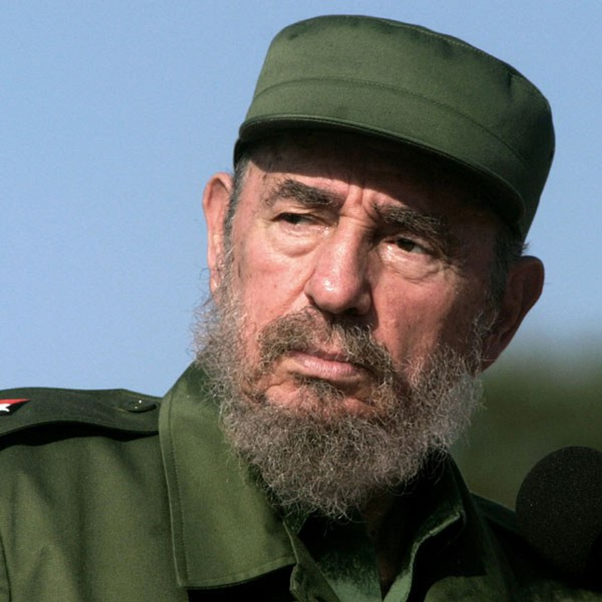 A Cuban Writer Tells You What Cubans Think of Fidel