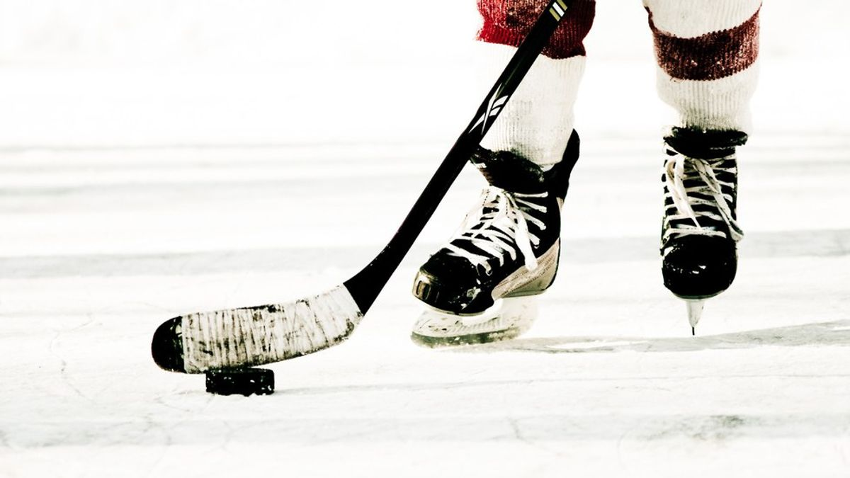 Life Lessons That I Learned From Playing Hockey