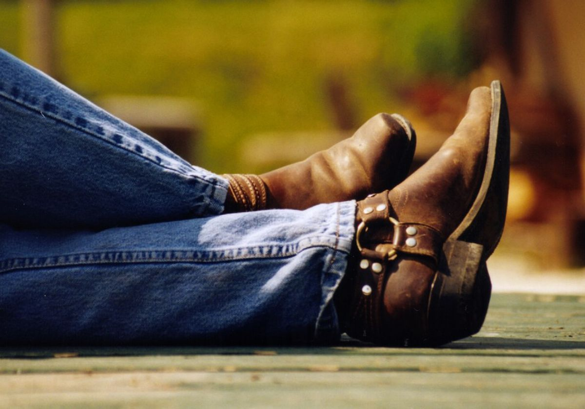 10 Reasons You Should Date A Country Boy