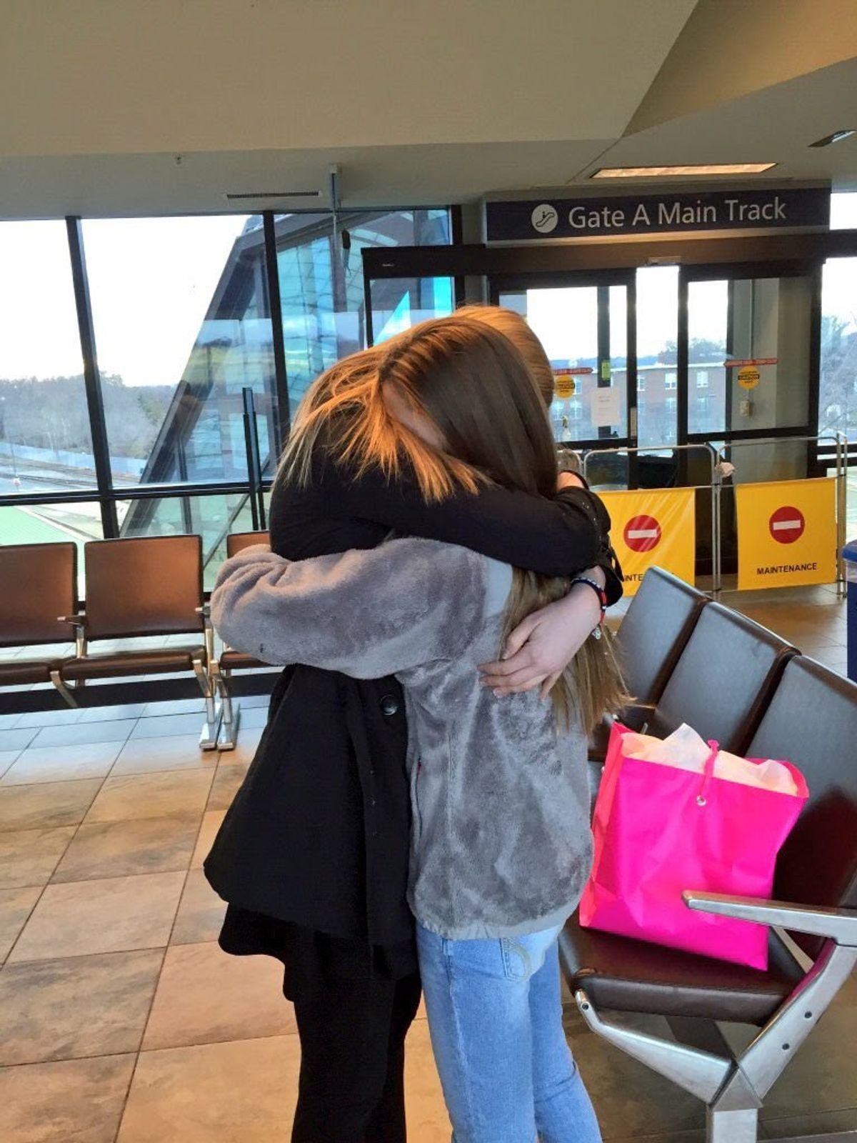 What Everyone Should Know About Long Distance Best Friends