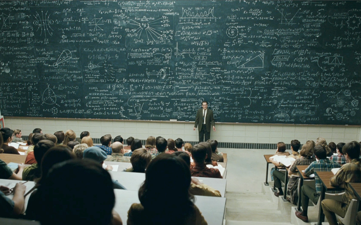 37 Thoughts All College Students Have During Lecture