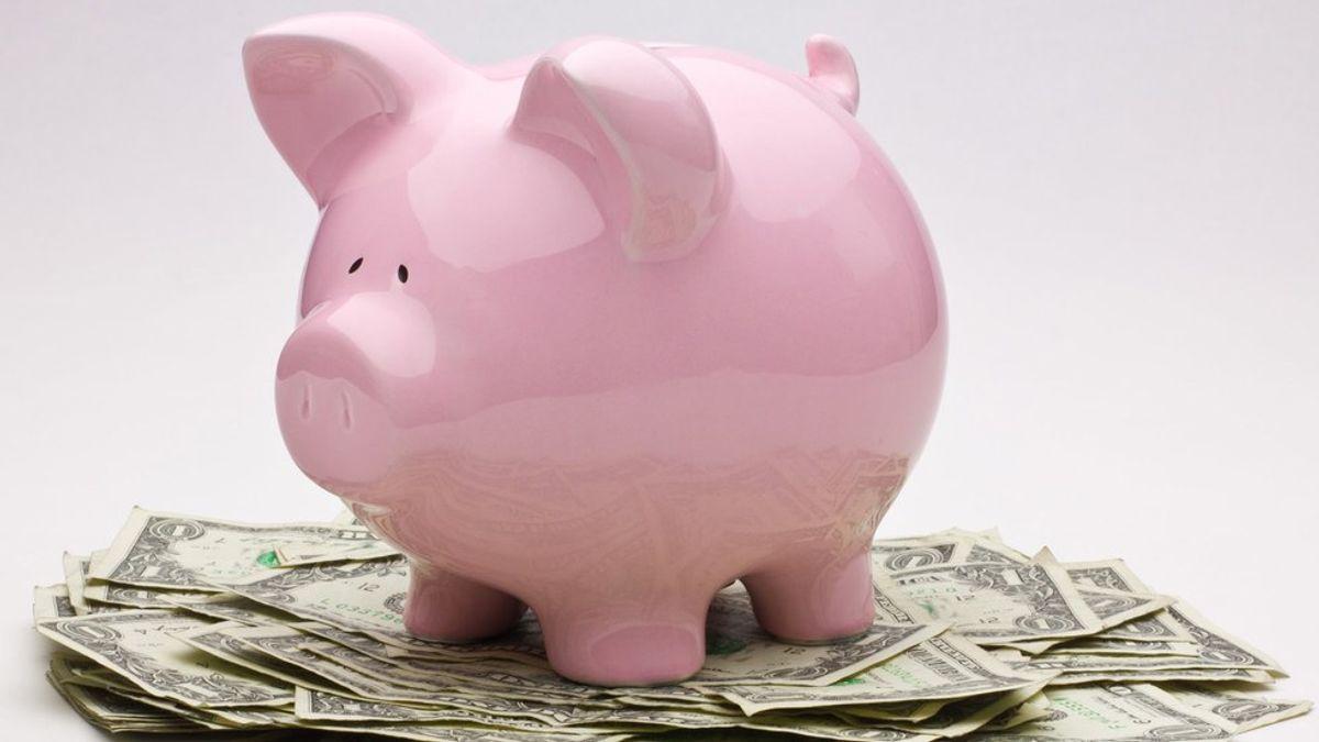 6 Ways To Save Money In College