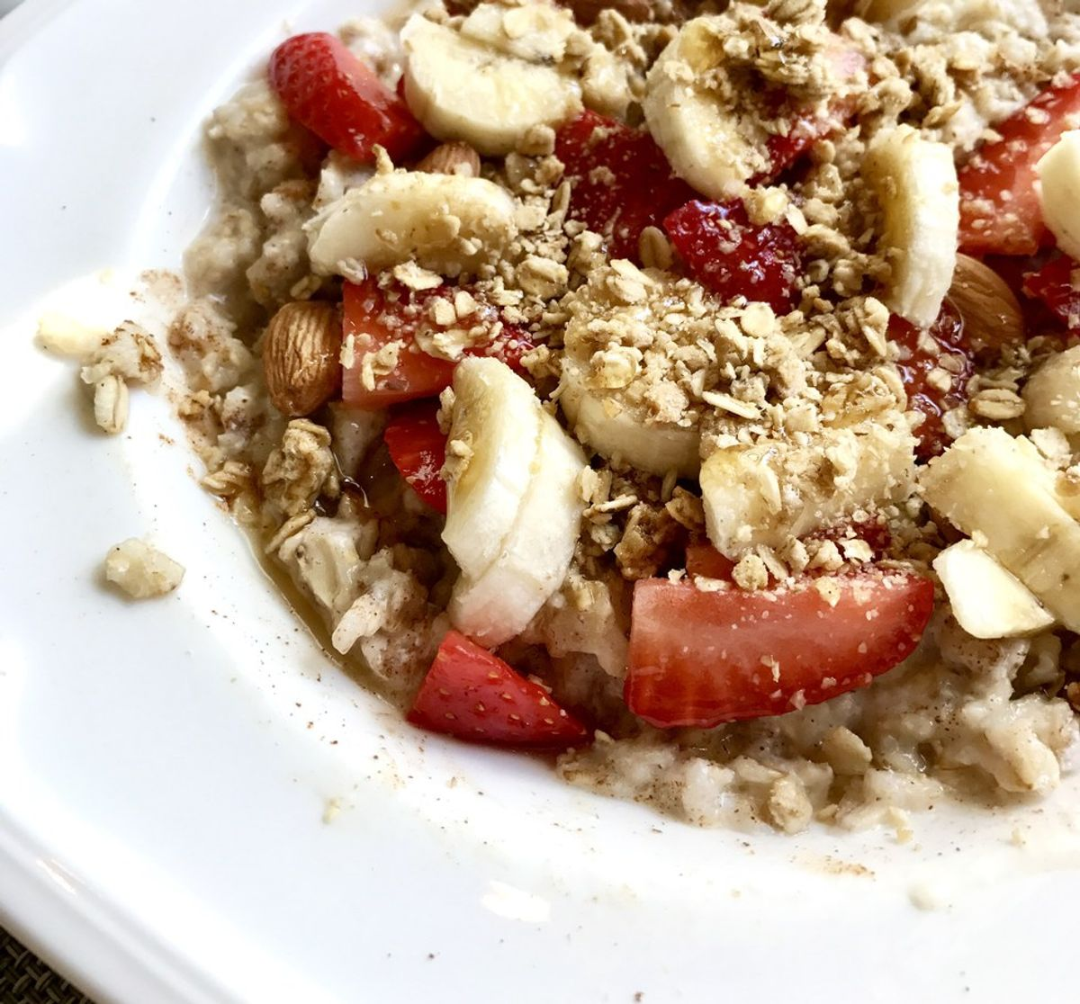 How To Make A Strawberry And Banana Protein Bowl