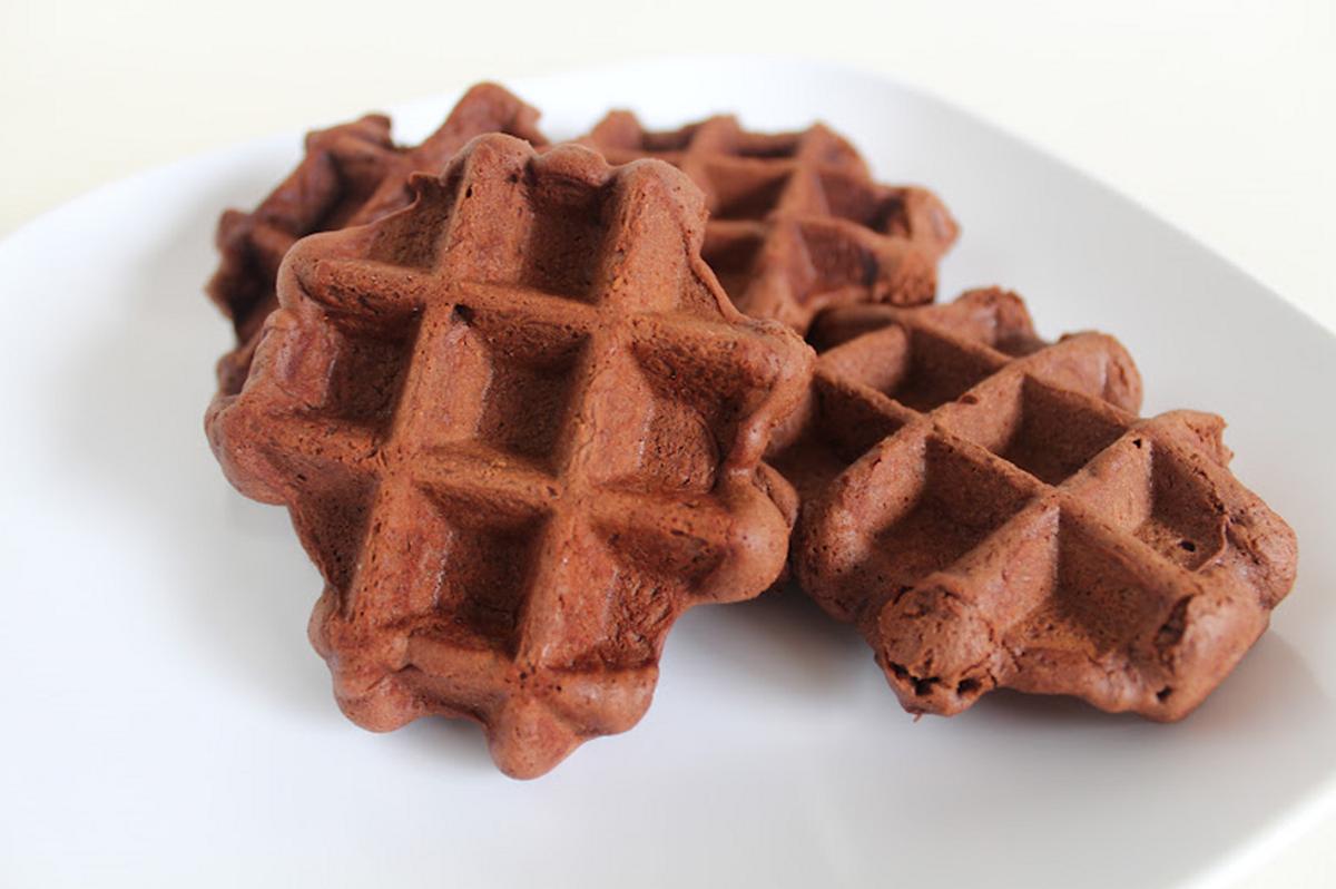 How To Make Chocolate Waffle Cookies