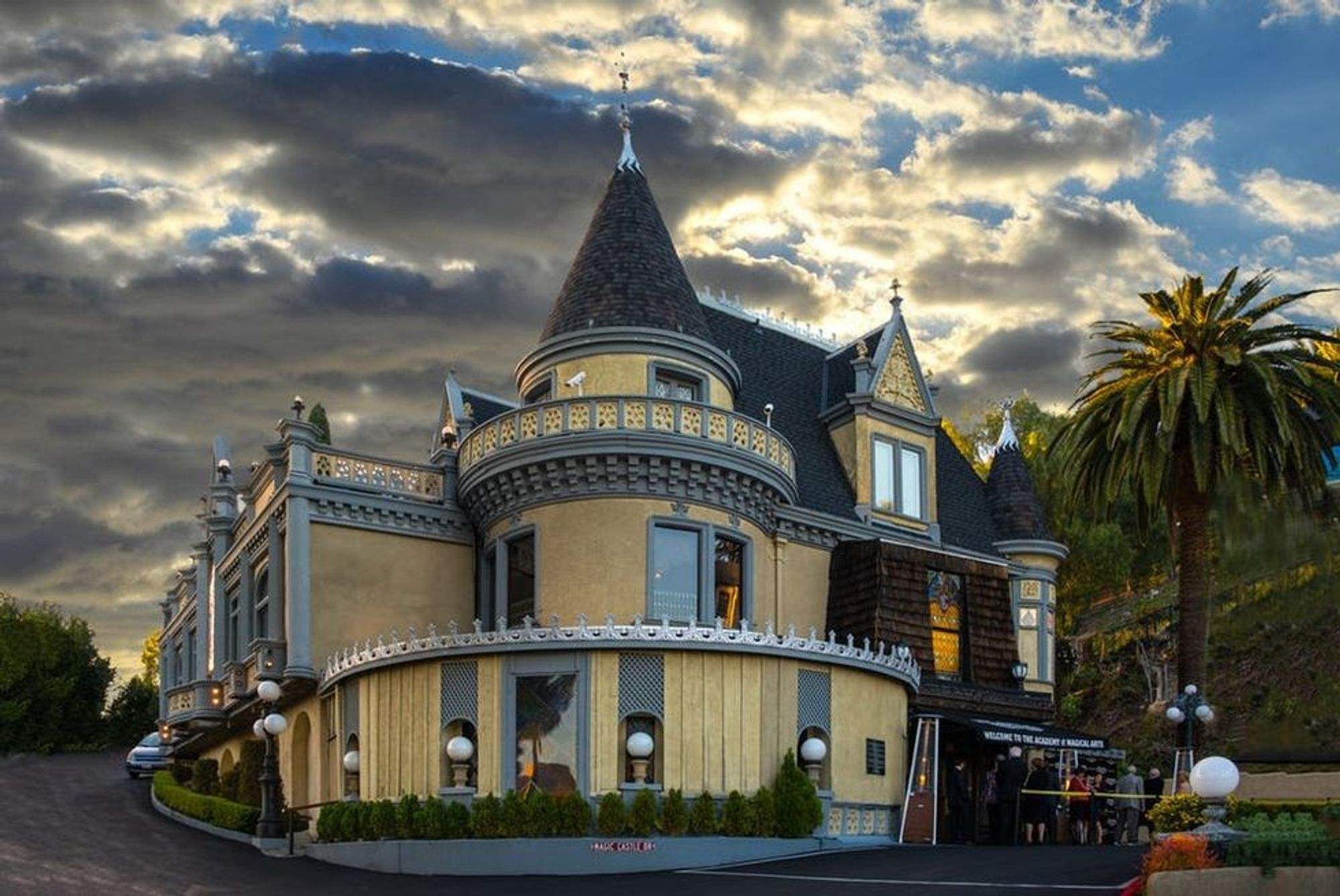You Can Now Visit the Magic Castle in L.A. Thanks to This Cool Trick