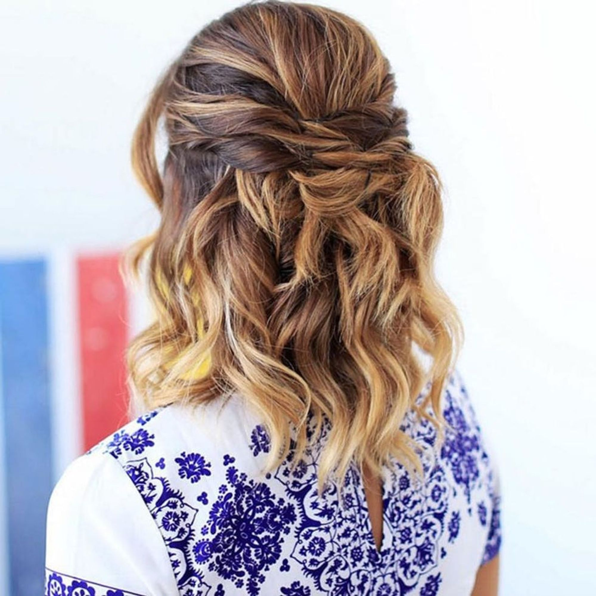 10 Mid-Length Hairstyles to Wear to All Your Summer Events - Brit + Co