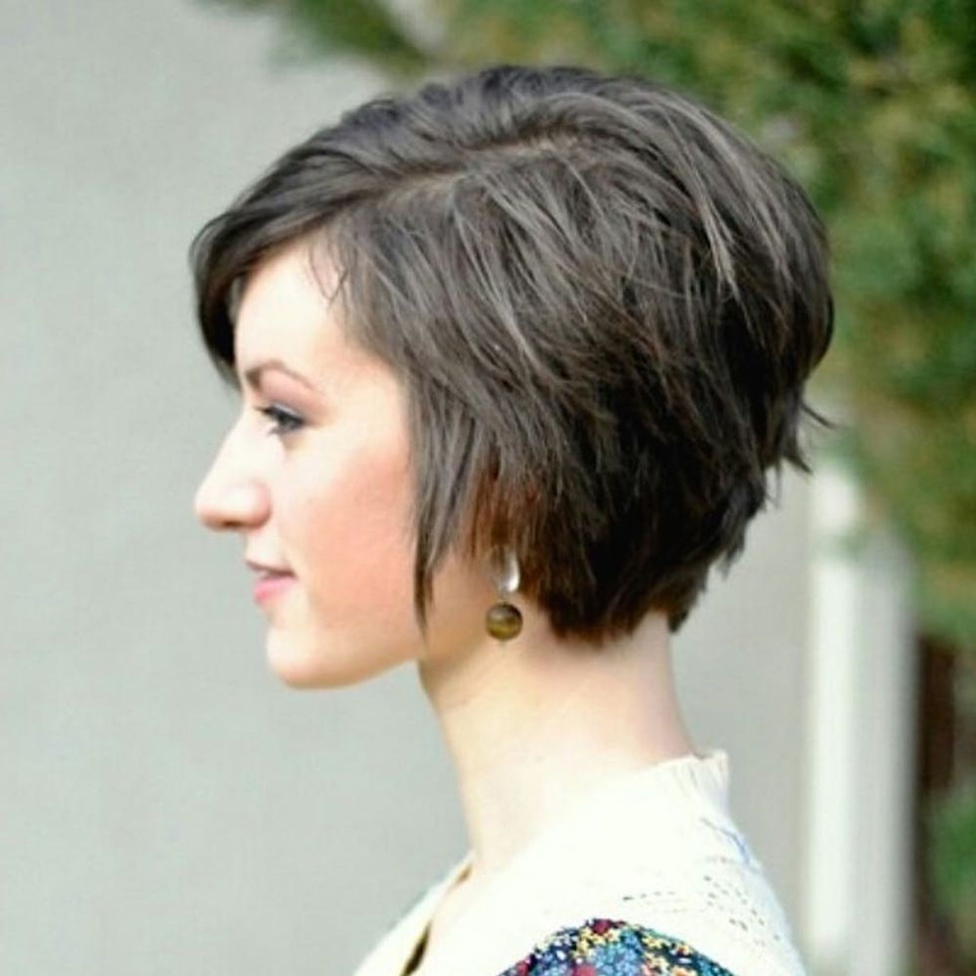 10 Styling Tips + Products for Growing Out a Pixie Cut - Brit + Co