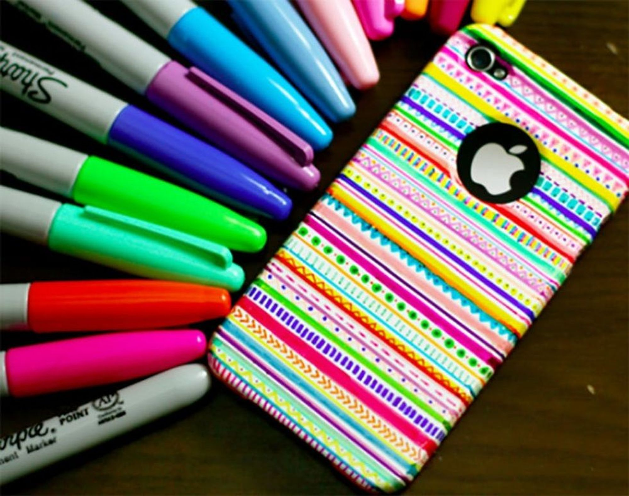30 DIY Sharpie Projects You Have to Try