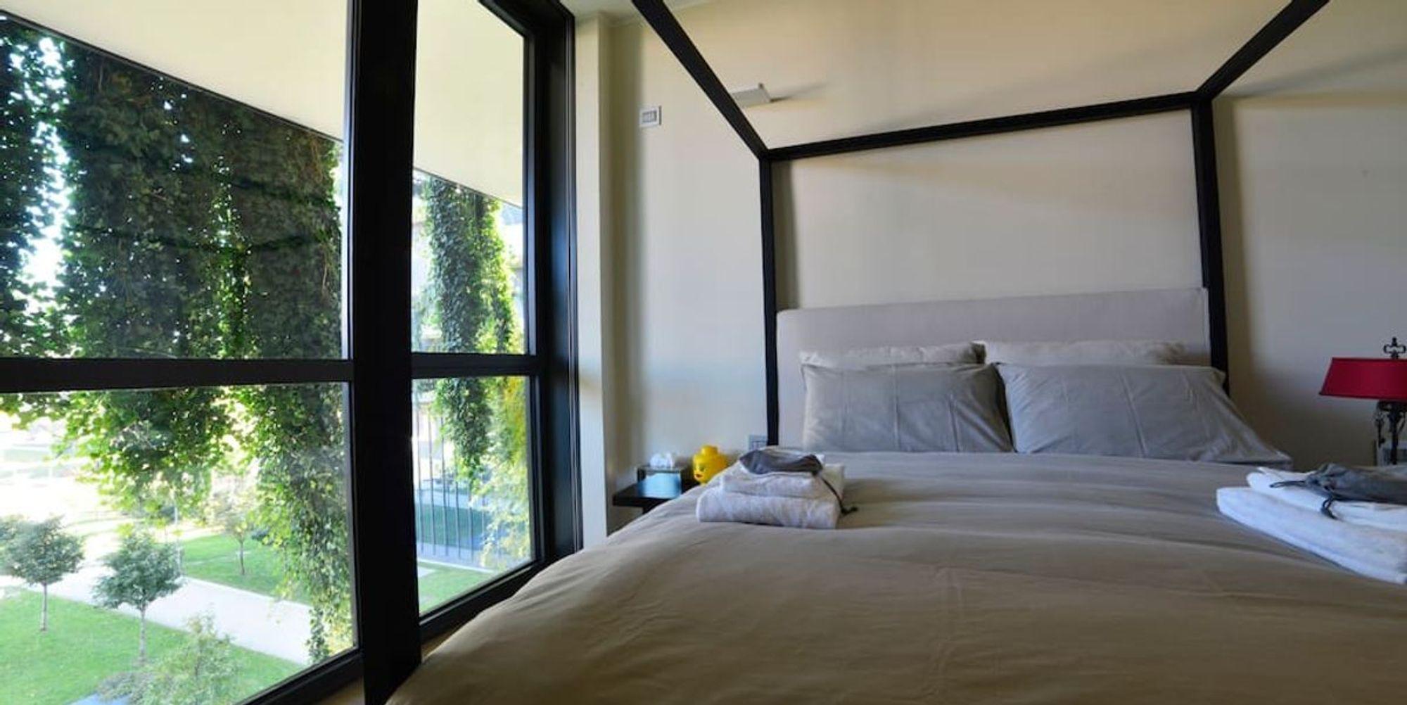 Bosco Verticale Appartamenti Costo airbnb, costa 180 euro una notte nel bosco verticale - panorama