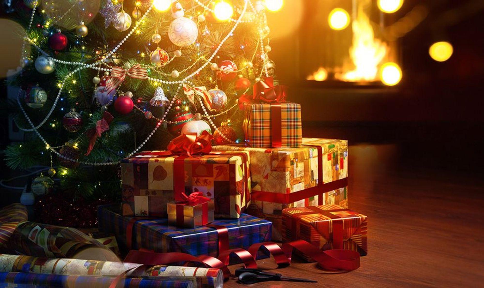 Idee Regalo Natale Basso Prezzo.Natale 40 Idee Regalo Tecnologiche Per Tutte Le Tasche Panorama